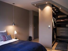 Intérieur chambre maison savoisienne habitat