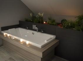 Intérieur salle de bain avec baignoire maison savoisienne habitat