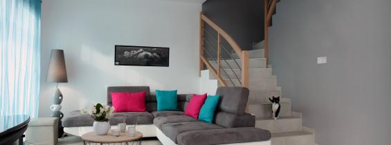 Interieur maison savoisienne habitat à Entrelacs