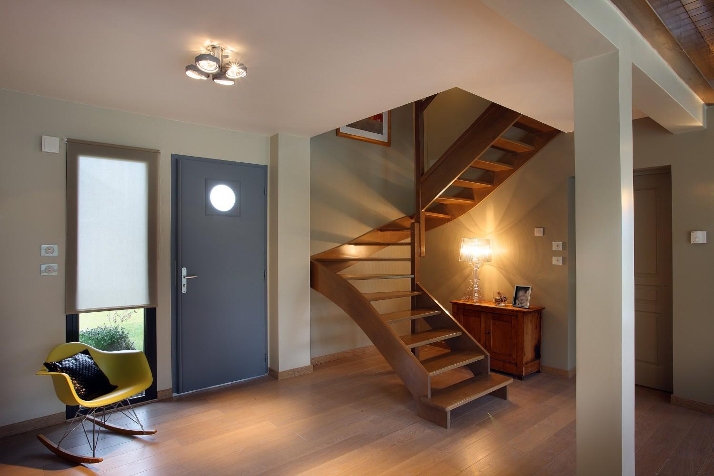 R f rences savoisienne habitat savoisienne habitat for Deco entree avec escalier